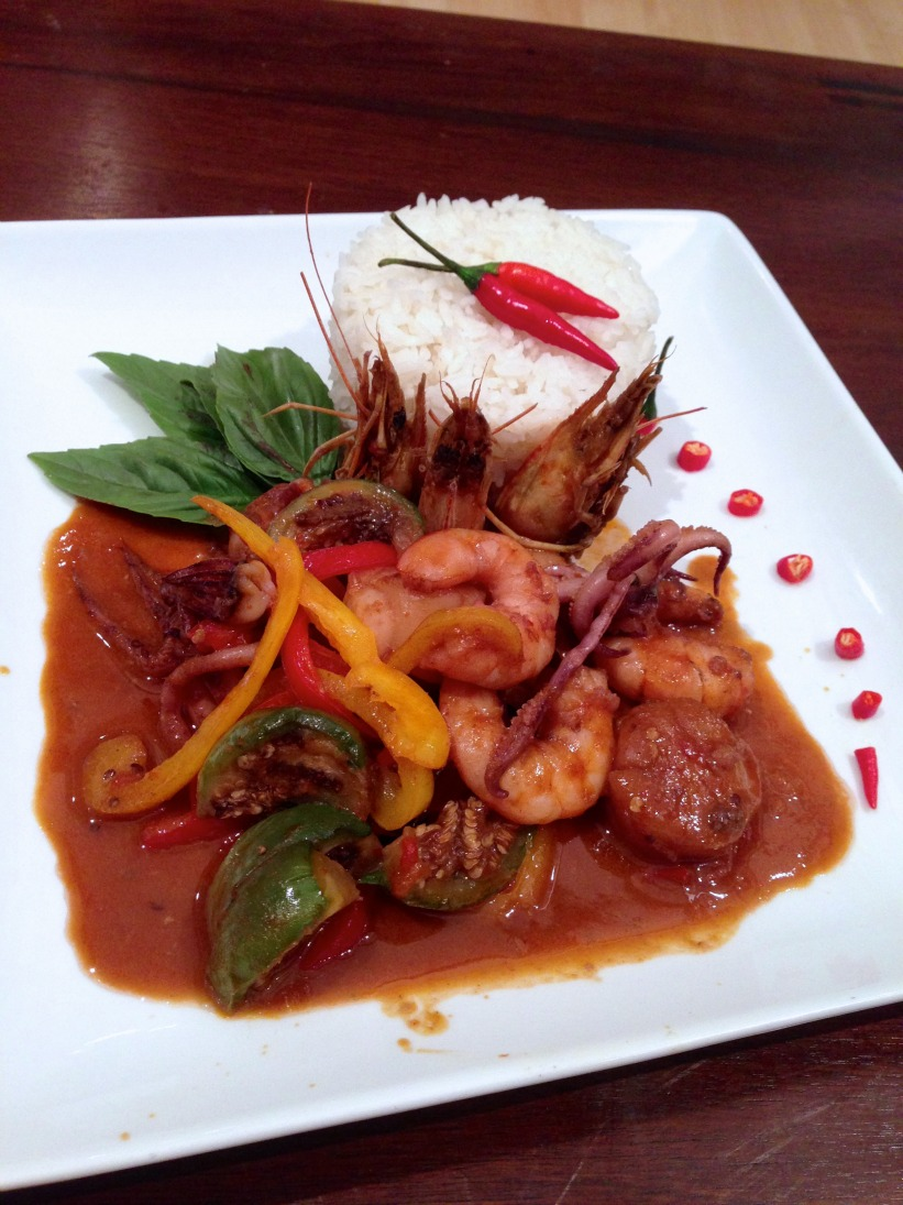 CurrySimple - Seafood Red Curry - Sleep. Eat. Move.Sleep. Eat. Move.